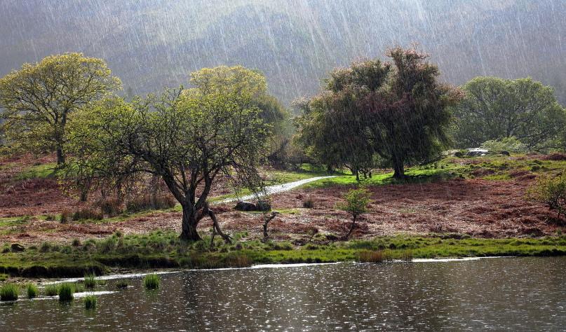 Почему вода в реке не кончается