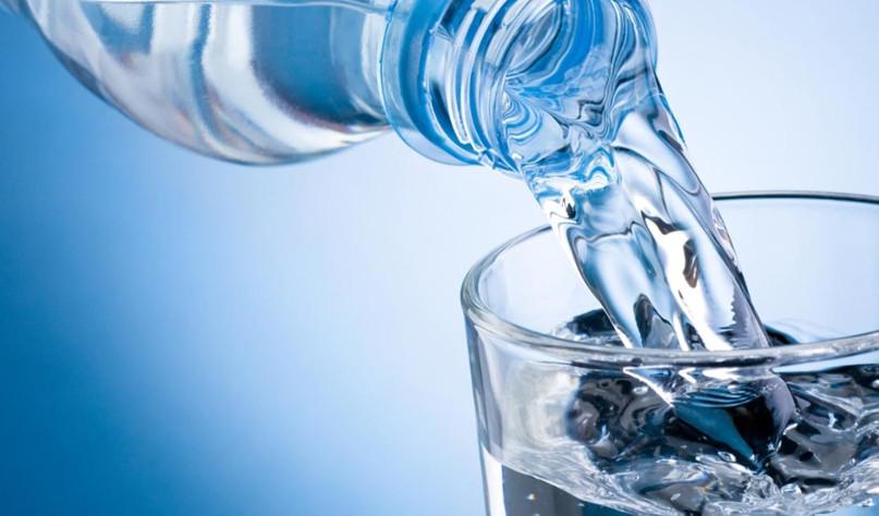 Почему нельзя смешивать кипяченую воду с сырой