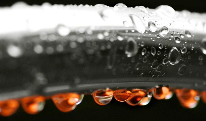 Почему конденсат на трубах холодной воды